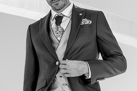 Roberto Vicentti Groom Suits