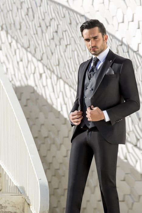 Black groom suit WEDDING 47.20.002