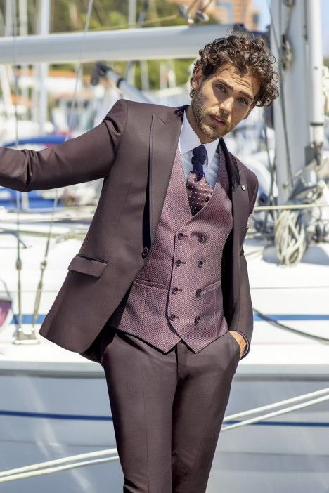Burgundy groom suit Eternal 27.21.500