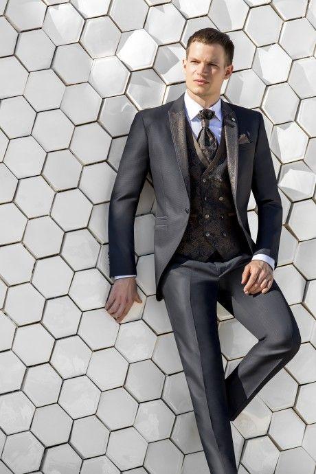Grey groom suit WEDDING 43.20.010