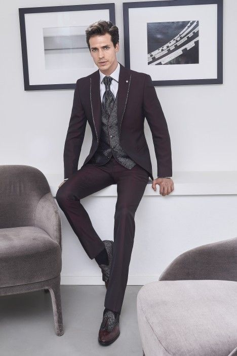 Burgundy groom suit WEDDING 46.20.500