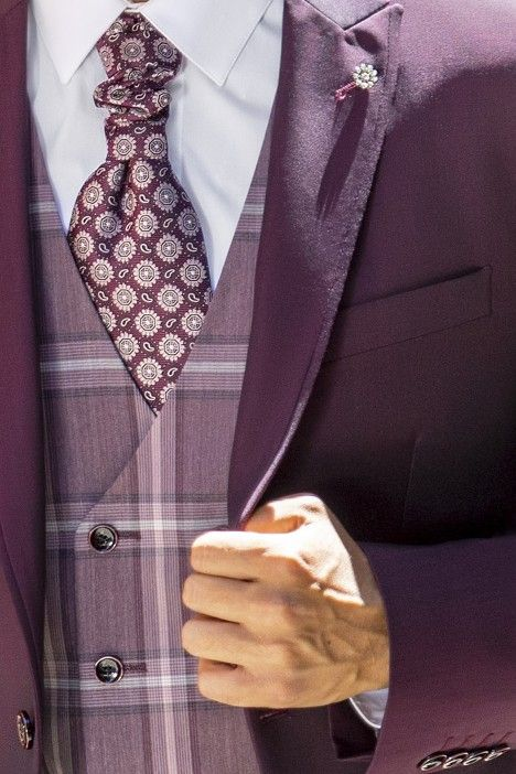 Burgundy groom suit Special Edition 67.20.501